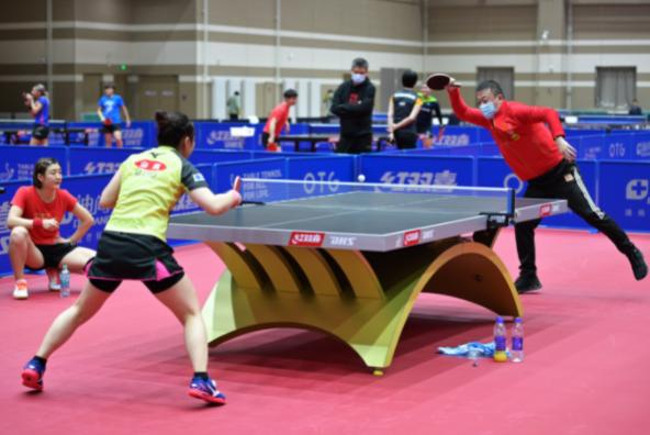 中国乒协主席:不允许球员用手接触球台