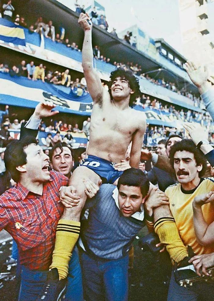 阿根廷博卡队足球明星