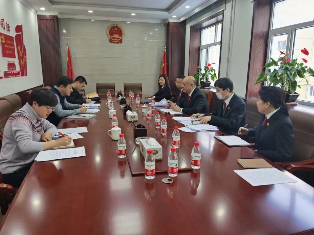 黑龙江省法院孙明一行到平房区法院督导审判质效情况