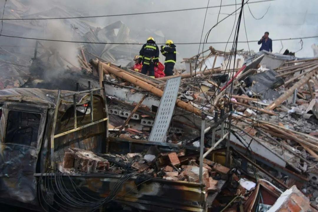 浙江油罐车爆炸致20死,30人被问责,视察陈述宣布