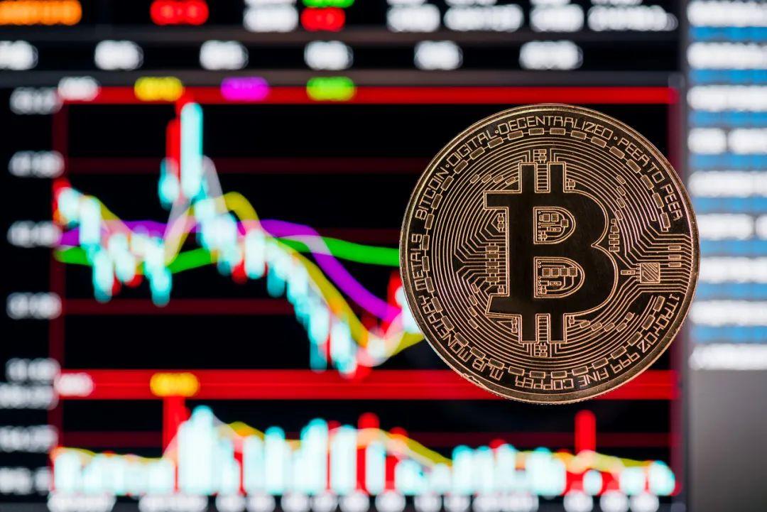 比特币持续疯狂:究竟发生了什么?