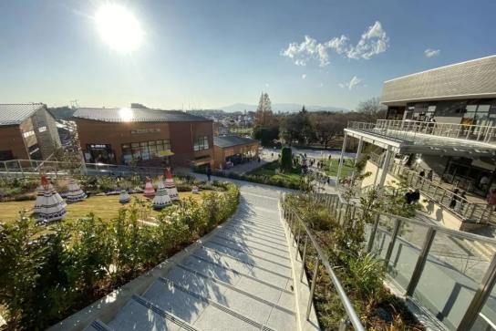 """听说过""""公园型商业""""吗?看看日本东京这个新改建完成的项目吧!"""