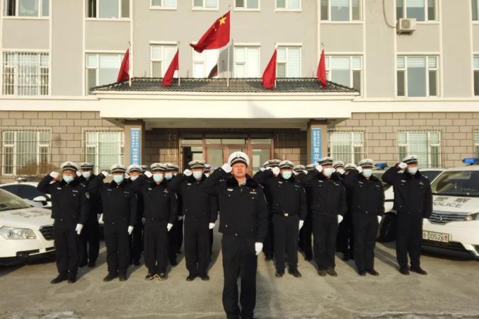 吉林高速公安双辽分局开展系列活动庆祝首个中国人民警察节
