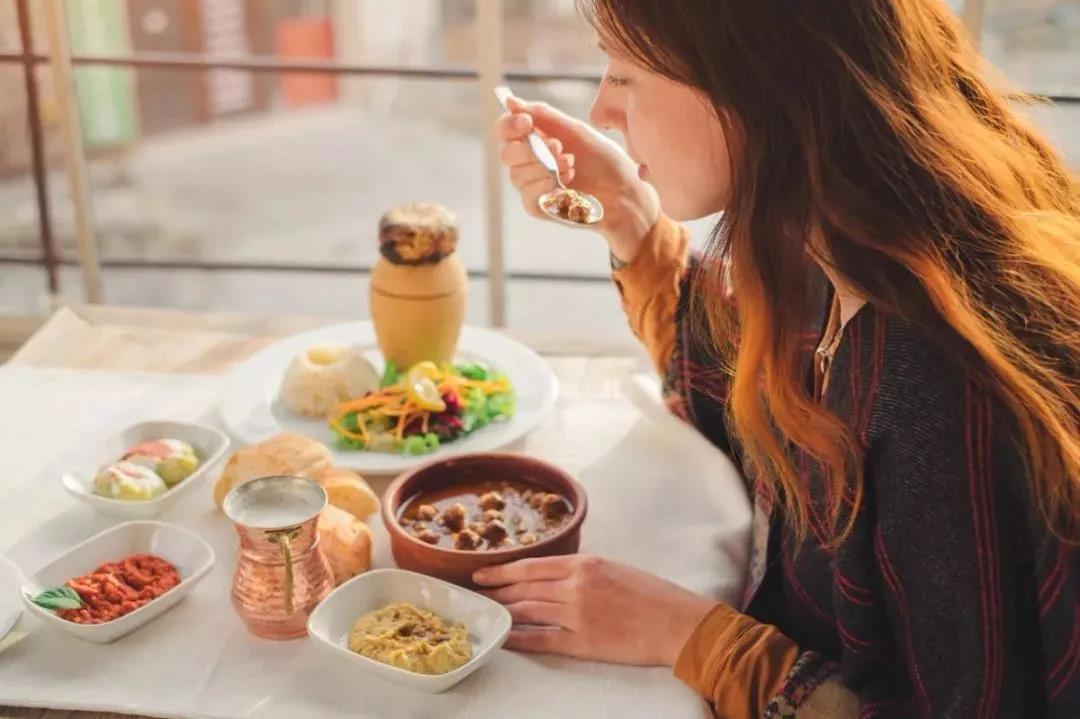 【健康科普】糖尿病患者进食要细嚼慢咽