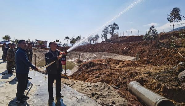 太和镇开展水泵接力送水演练 。