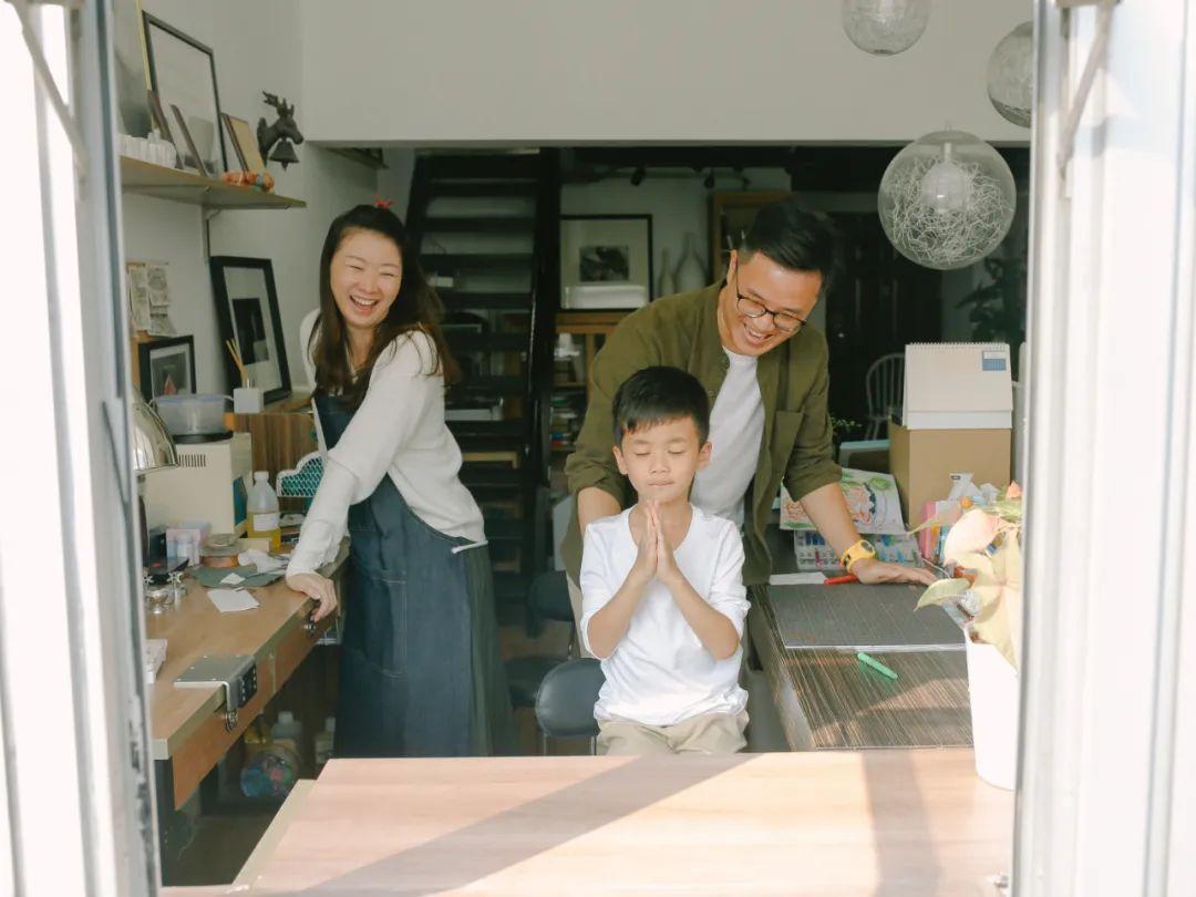 家庭摄影是镜子,也是窗户