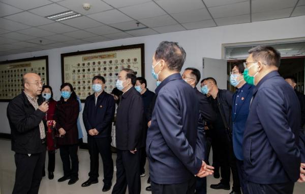 省人大常委会副主任徐济超一行在河南省中药开发工程技术研究中心调研指导