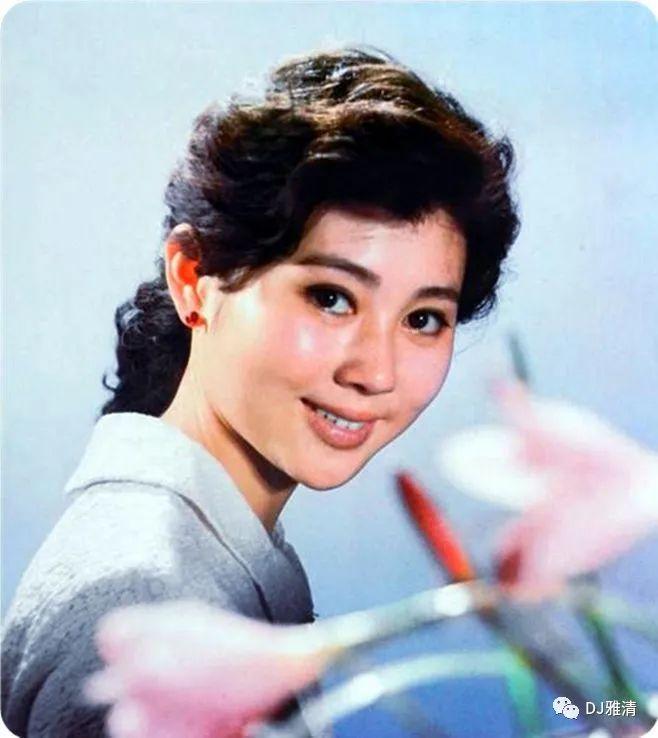 老照片欣赏:18位80年代昙花一现的美女明星个个花容月貌其中两位已去世插图