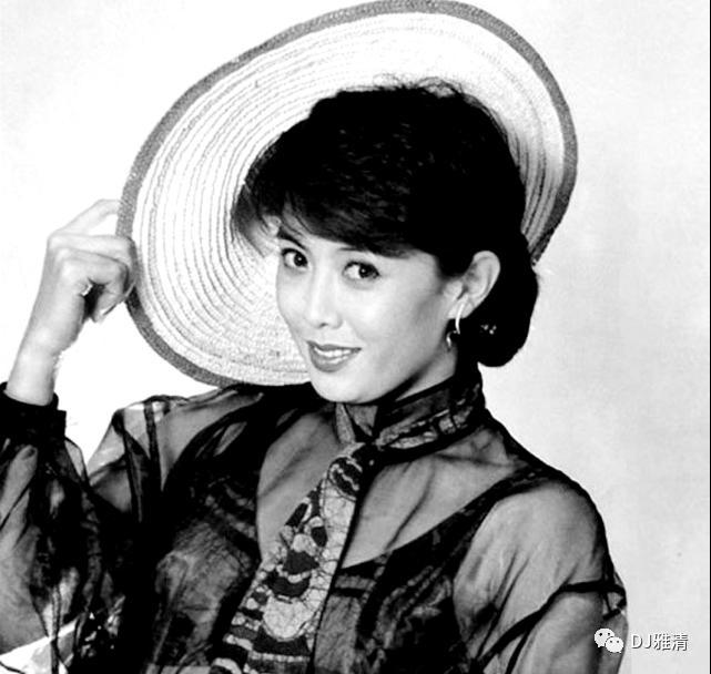 老照片欣赏:18位80年代昙花一现的美女明星个个花容月貌其中两位已去世插图25