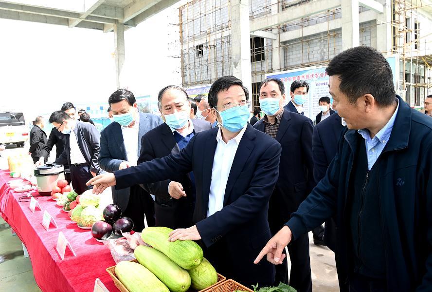 依靠科技创新项目突破-流动版www.liujibin.com加速产业提档升级!钱三
