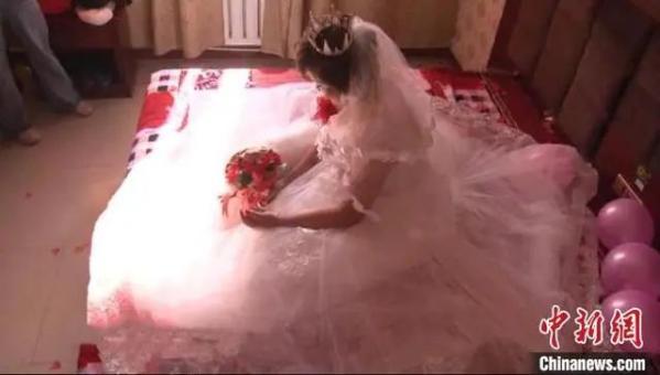 图为娜娜结婚现场。警方供图