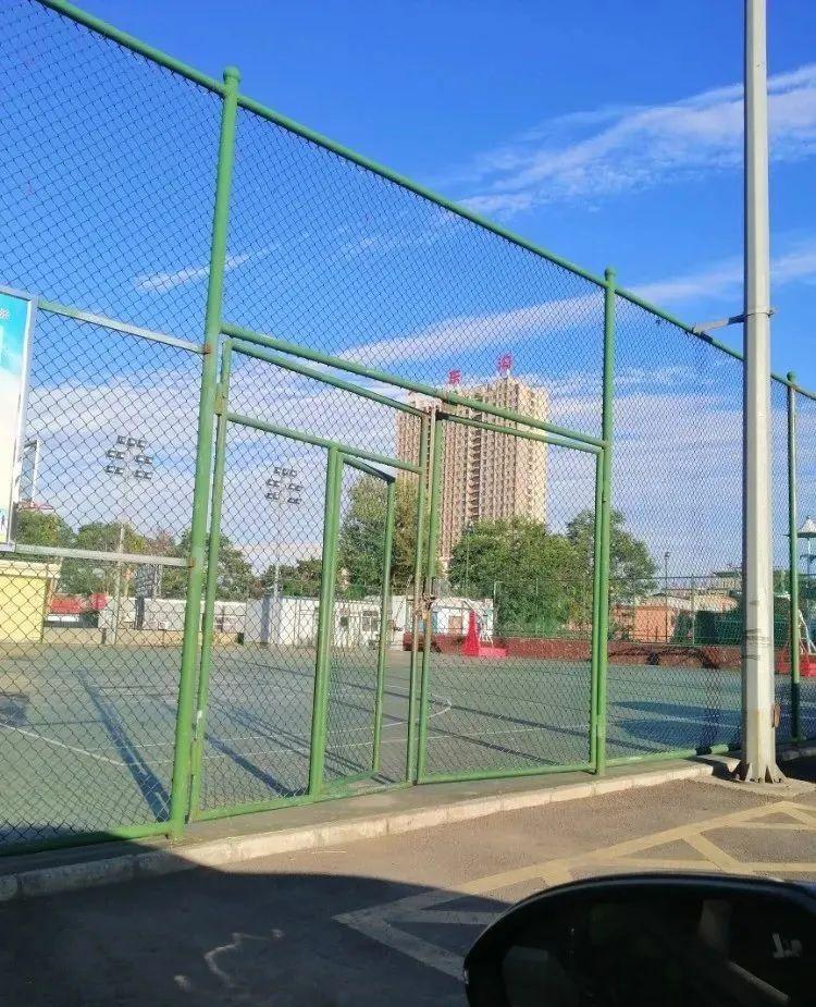 市体育馆篮球场调整开放时间→