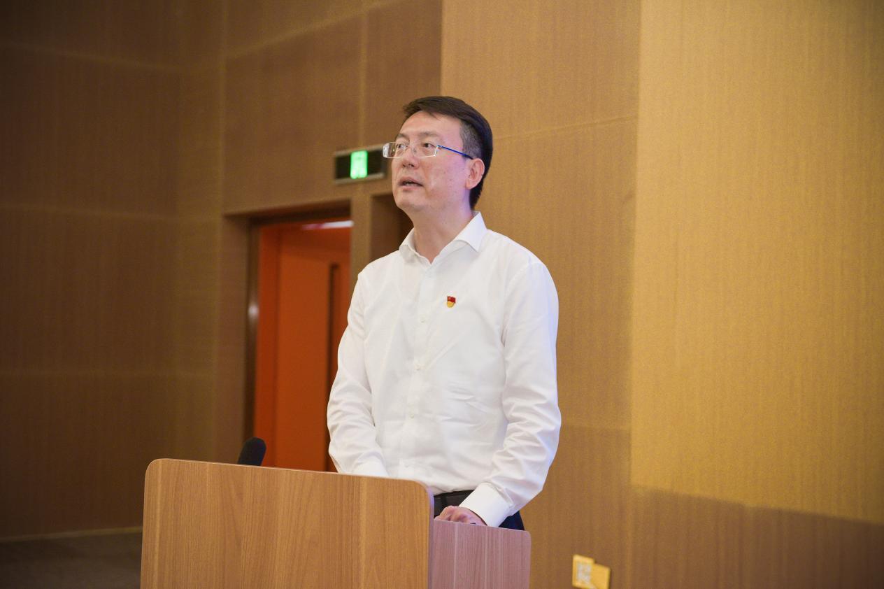 博鳌乐城国际医疗旅游管理局党委书记、局长顾刚出席签约仪式并讲话