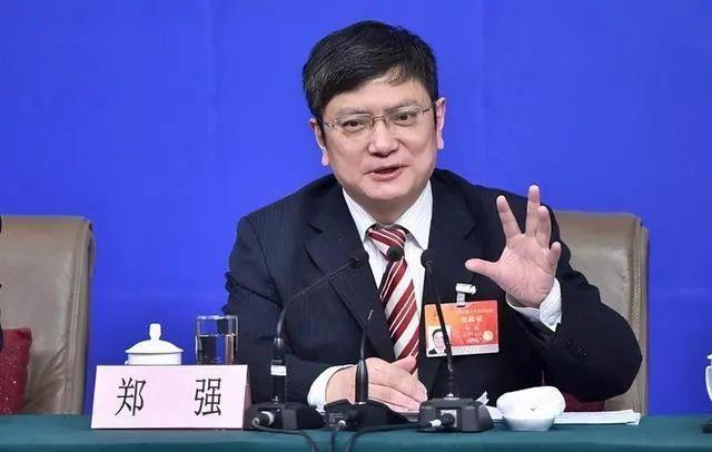 """""""网红教授""""郑强:本人从未倡导将英语踢出高考"""