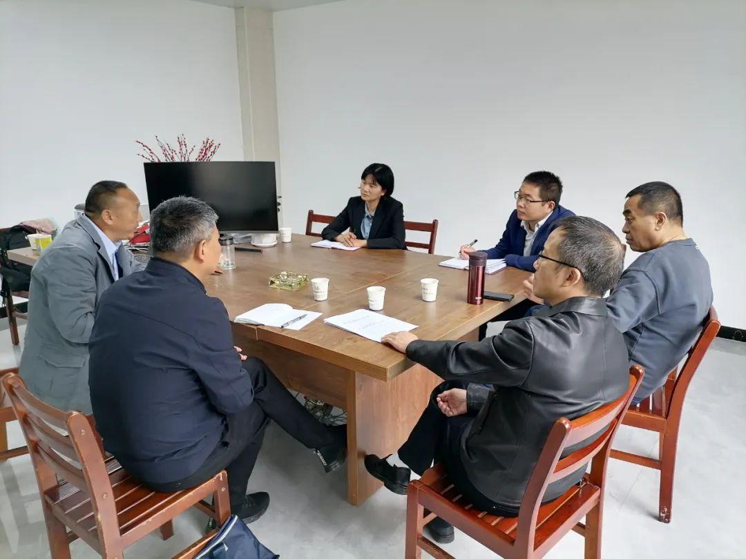 【基层动态】英山法院党组书记吴青到民营企业走访调研