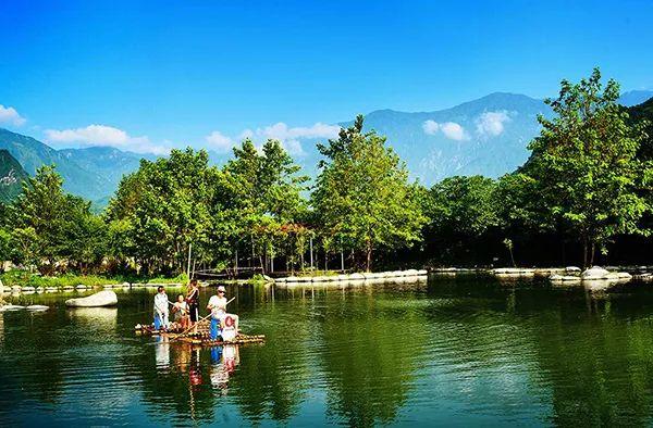 快3计划qq群是骗子吗:中国最美山水风景图片:7月份国内去哪里旅游最好玩?