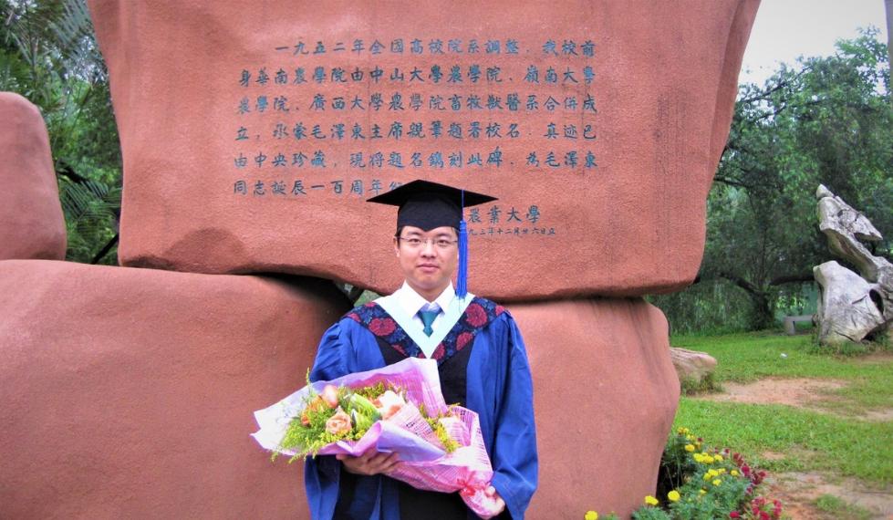 ▲刘小龙硕士毕业