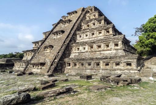墨西哥埃尔塔津壁龛金字塔