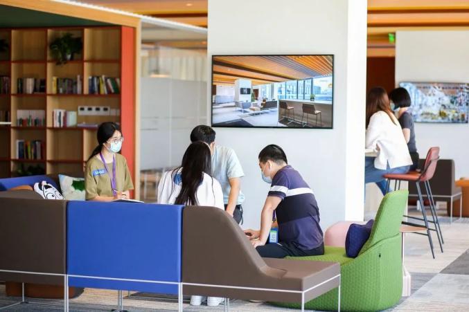 """又一世界科技巨头在光谷安""""家""""了!300人将在汉服务全球""""芯""""产业"""