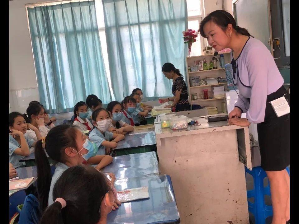 涪城区成绵路小学开展防性侵安全教育讲座