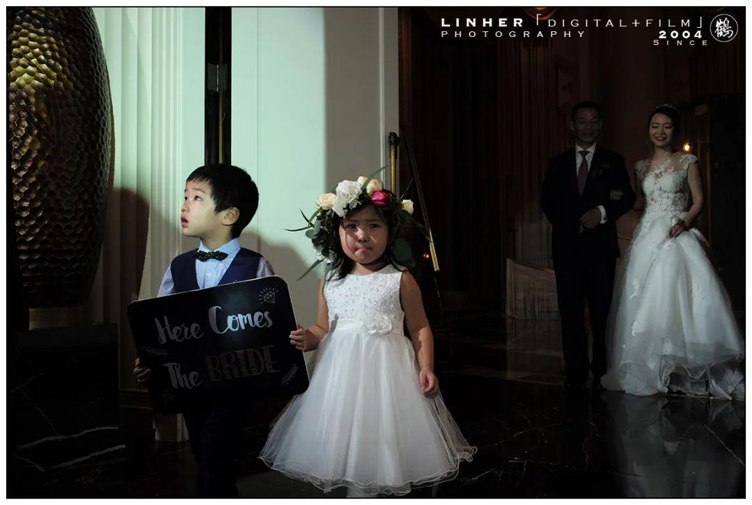 《婚礼摄影师自我身份认同》