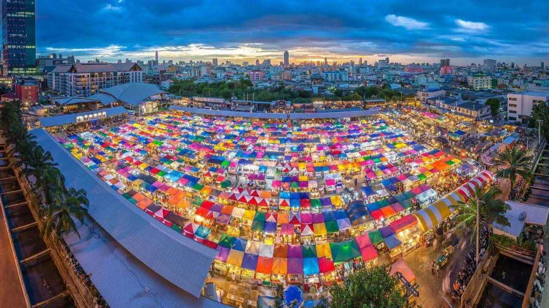 开业起三天免费吃!2020青岛·汇泉广场首个超大