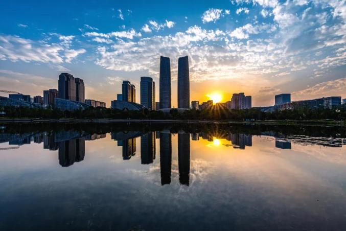 双城gdp_成渝双城志·经济共生?丨从规划试点到国家战略看成渝地区双城经济...