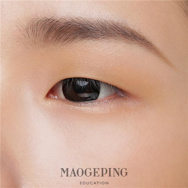 这份超A的妆容教程需要单眼皮女孩签收_湃客_澎湃新闻-ThePaper