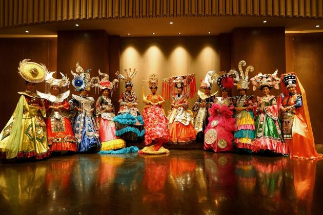 图为广西东方神韵艺术团表演节目《壮美广西》