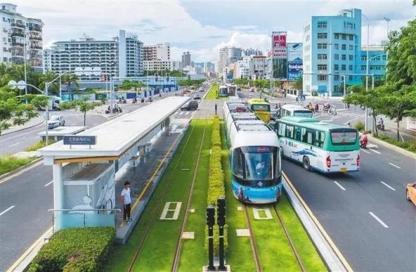 海南首条城市轨道交通线路开行!颜值爆表